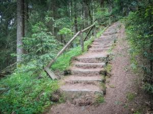 Steinerne Treppe hoch