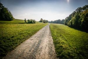 Gerader Weg Richtung Staffelberg