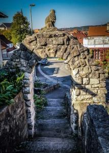 Steinernes Tor in Eltmann zur Promenade