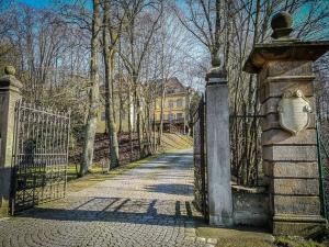 Einfahrt Schloss Hafenpreppach