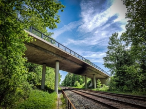 Bundesstraßen-Brücke B303