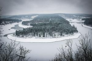 Saaleschleife am Thüringer Fjord