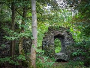 In der Ruine Uprode