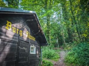 Burgklause Hütte