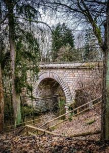Markante Kanalbrücke