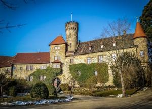 Schloss Hohenstein mit Hotel