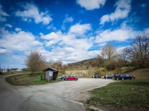 Wanderparkplatz oberhalb von Wittelshofen