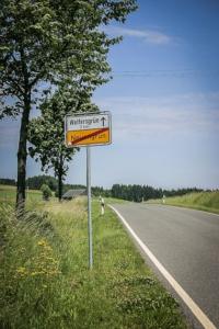 Ortsausgangsschild Neuengrün