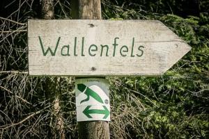 Schild Wallenfels