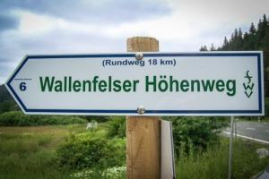 Schild Wallenfelser Höhenweg