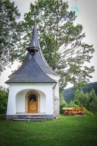 Schlossbergkapelle Wallenfels