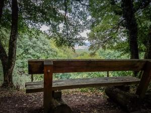 Aussichtspunkt mit Sitzbank