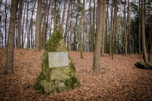 Denkmal-Stein Burg Windeck mit Tafel