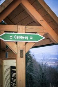 Wegweiser Sandweg