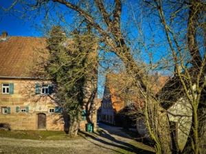 Schöne alte Sandstein Häuser in Ungerthal