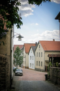 Wieder zur alten Bahnbrücke in Euerdorf