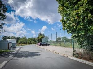 Parkplatz an den Sportplätzen