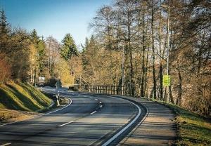 Landstraße vor Burgwindheim