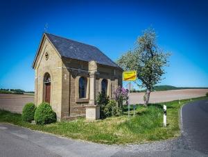 Kleine Kapelle vor Herpersdorf