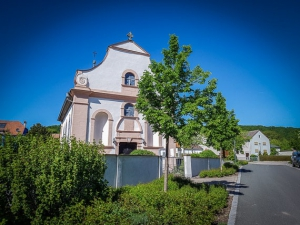 Kirche Erlabronn