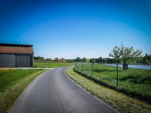Auf dem Ziegelmühlenweg ortsauswärts